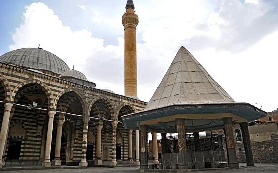 behrampasa-camii-diyarbakir